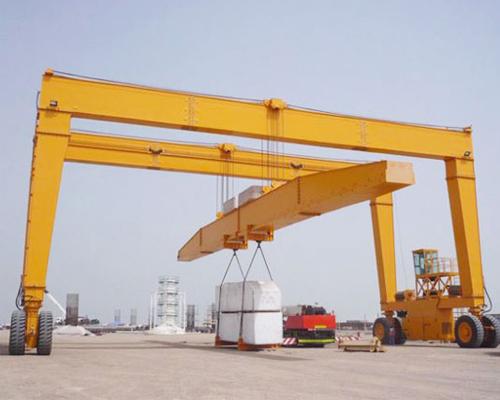 Rubber Tyred Gantry Crane in Industry